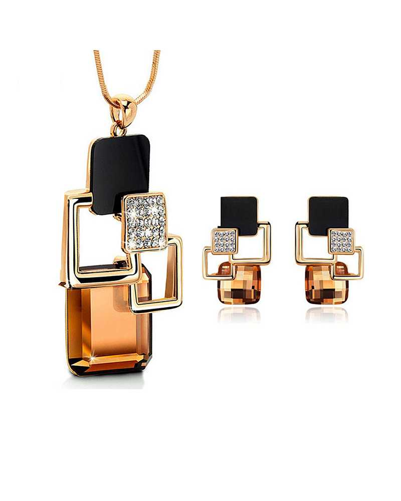 Golden Hollow Crystal Pendant With Earrings