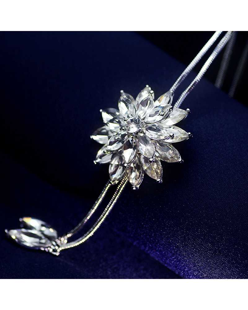 Adjusted Zircon Snowflake Long Pendant