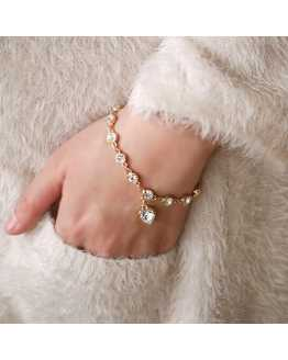 Heart Crystal Trendy Women Braclet